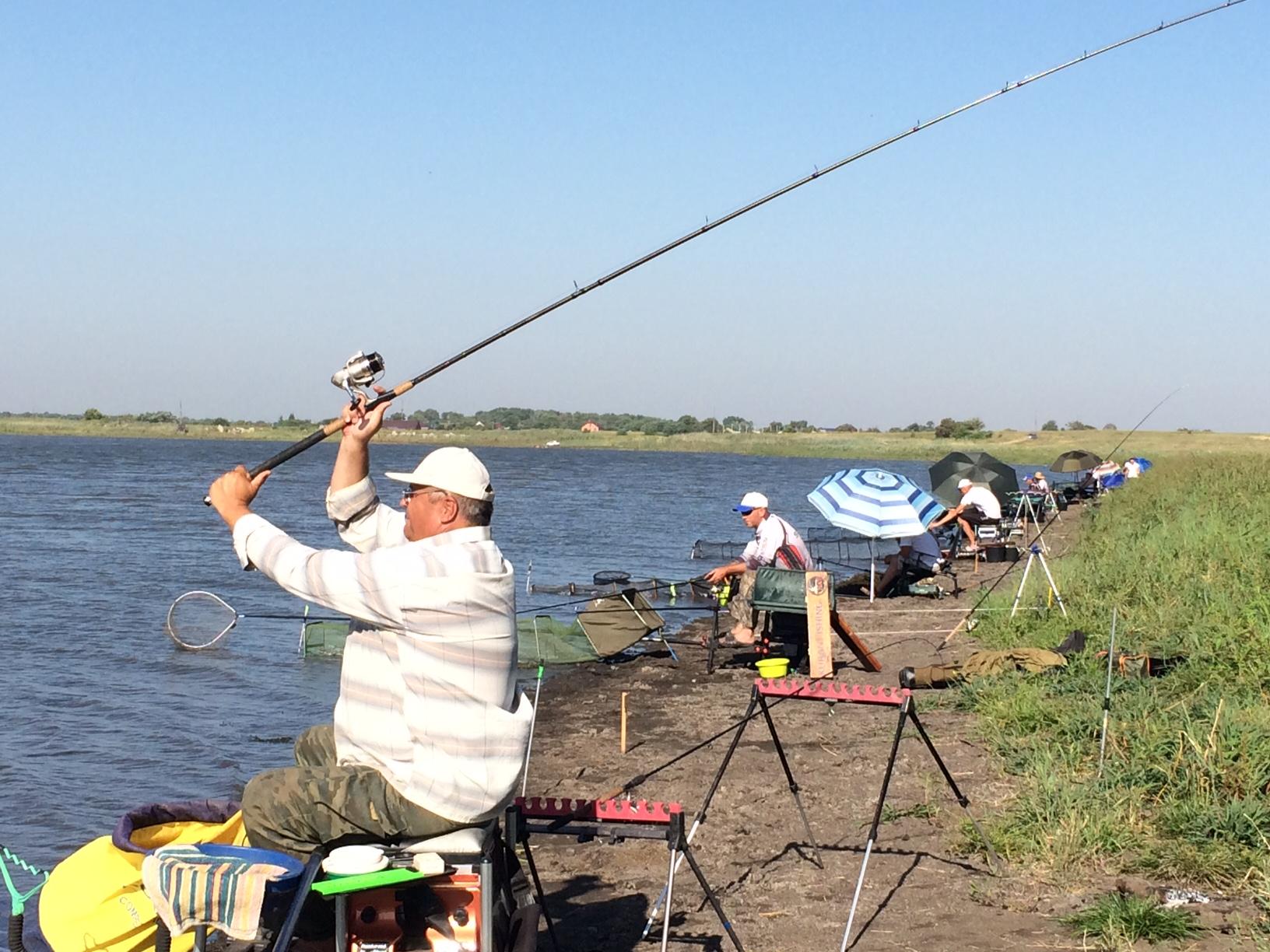 рыбалка на тайганском водохранилище